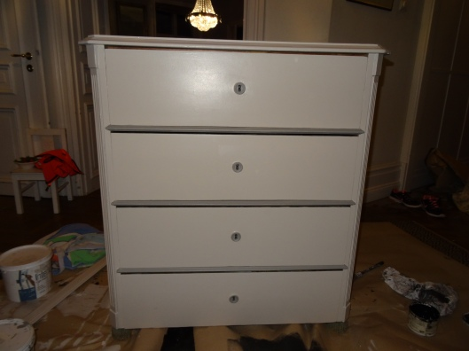 1950s Chest of Draws Shabby